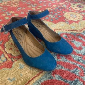 Shoes - Blue suede wedge